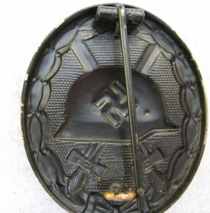 Fake Black Wounds Badges - Third Reich Medals and Badges