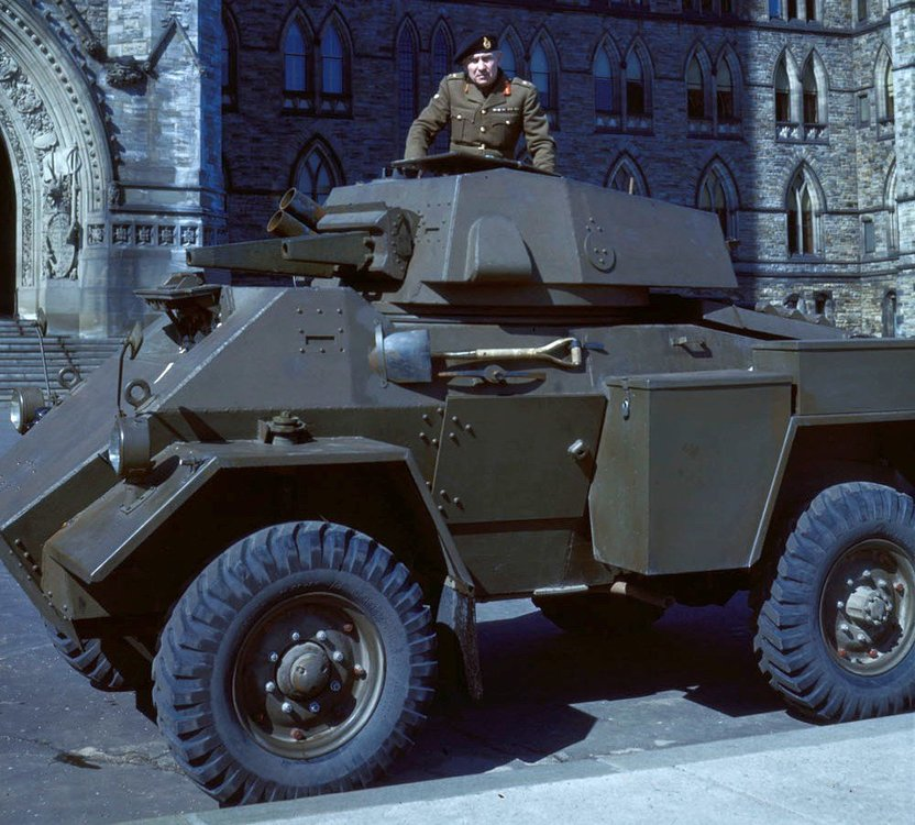 Fox-Armoured-Car.jpg