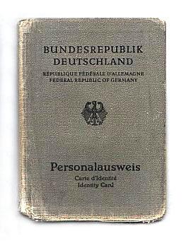 1979_identity_card_of_West_Germany_original_size.jpg