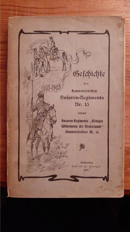 Regimentsgeschichte.Pappe.jpg