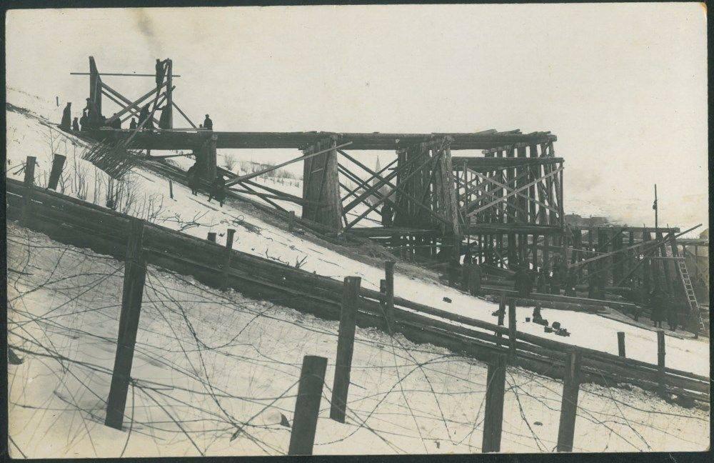 Hindenburgo tilto per Dubysą statyba Lyduvėnuose. 1916 m..jpg