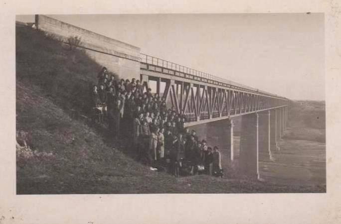 Geležinkelio tiltas per Dubysos slėnį Lyduvėnuose. 1940 m..jpg